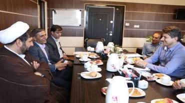 نشست با مدیران اداره کل زندان ها و اقدامات تامینی استان